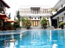 The Radiant Villa And Function Halls Lembang Bandung